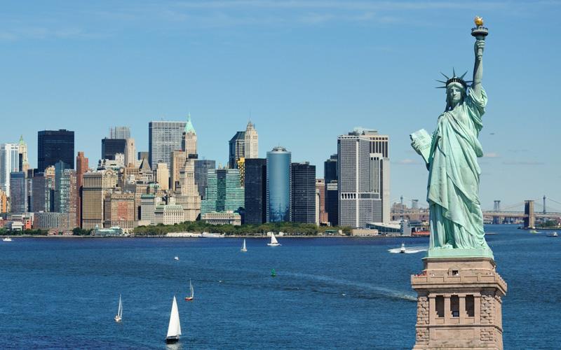 Vista de Nueva York y la Estatua de la Libertad